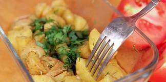 Молодой картофель в микроволновке