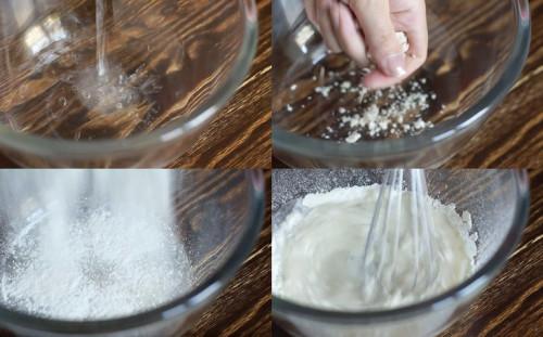Начинаем замешивать тесто