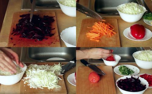 Нарезаем свеклу, морковь, капусту, помидоры