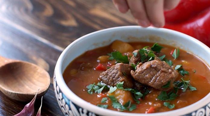 Гуляш: густой пикантный суп